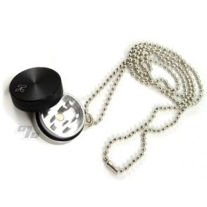 Kannastor Pendant Grinder with chain