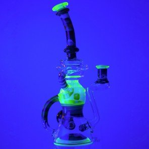 Kleinzilla by MTP Glass & Joe Itza